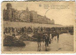 Postcard, Ostende La Plage Pendant Un Concours De Forts, Oostende, Het Strand Tijdens Een Fortenwdstrijd - Oostende