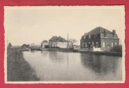 Leers-Nord - L´Ecluse Et Vue Du Canal ( Voir Verso ) - Estaimpuis