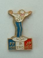 PIN´S PETANQUE - F.F.P.J.P ISBERGUES - Bowls - Pétanque