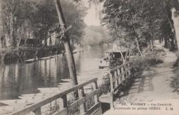 POISSY - LES CANOTS DE PROMENADE AU GARAGE OREEL - Poissy