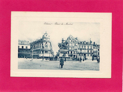45 LOIRET, ORLEANS, Place Du Martroi, Animée - Orleans