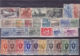 CAMEROUN : Y&T : Lot De 30 Timbres Oblitérés - Cameroun (1915-1959)