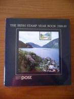 The Irish Stamp Year Book 1988/89 (m64) - Annate Complete