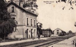 Rouillé (Vienne)  La Gare Animée Cicurlée 1939  Bon état - France