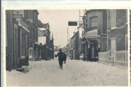 CALVADOS - 14 - ARROMANCHES - Carte Photo - Rue Commercante  Enneigée Fin Décembre 1937 - Arromanches