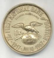 THE FIRST NATIONAL BANK OF BOSTON SUCURSAL BUENOS AIRES 1917 JULIO 1967 CINCENTENARIO MEDALLA TRES BON ETAT RARISIME - Professionals/Firms
