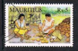 Mauritius SG1067 2001 Coconut Industry 5r Good/fine Used - Mauritius (1968-...)