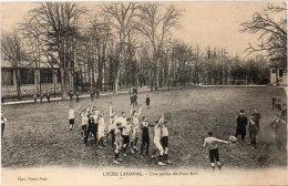 SCEAUX  Lycée Lakanal - Une Partie De Foot-Ball (92415) - Sceaux