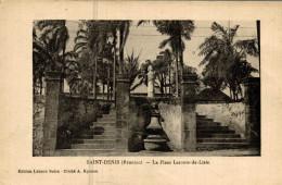 SAINT DENIS (la Reunion) LA PLACE LECONTE DE LISLE - Saint Denis