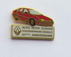Pin's RENAULT AUTO INTER EUROPE Signé SOFREC PARIS - Renault