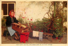 Irish Cailin Weaving With Hand Loom, Ireland Postcard Unposted - Non Classés