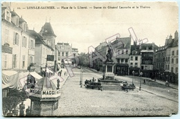Lons-le-Saunier (39) - Place De La Liberté - Statue Du Général Lecourbe Et Le Théâtre - Lons Le Saunier