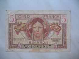 """Trésor Français  """" CINQ Francs """"des Territoires Occupés A.04082947 53x83mm - Treasury"""