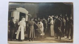 PASSAGE DES EVACUES  FRANCAIS 1915 GENVE CPA Animee Postcard - Altri