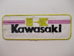 - Ancien Patch Moto. Année 70. KAWASAKI - - Motos