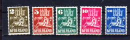 1950  NEDERLAND  œuvres Chrétiennes, Yv. 542 / 546*, Cote 65 €, - 1949-1980 (Juliana)