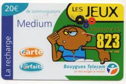 ANTILLES FRANCAISES RECHARGE BOUYGUES TELECOM LES JEUX MEDIUM 20€ Date 03/2002 - Antilles (Françaises)