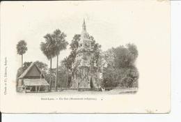 HAUT LAOS      Un THAT ( Monument Religieux)         Ed: CLAUDE - Laos