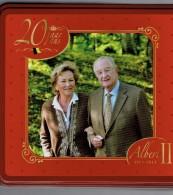 Boîte En Tôle émaillée Biscuit Delacre, Fournisseur De La Cour,  20 Ans Du Règne Du Roi Albert II Et De La Reine Paola - Autres Collections