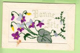 Bouquet De Violettes Brodé Pour Une Bonne Fête - 2 Scans - Brodées