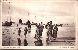 62 BERCK - En Attendant Le Batieux - Berck