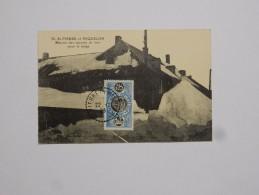 Carte Postale Ancienne : SAINT-PIERRE Et MIQUELON : Maison Des Oeuvres De Mer Sous La Neige, Timbre 1920 - Saint-Pierre-et-Miquelon