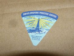Cheese Queso Kase Label Etikette Etiqueta ~1920-1950 SUISSE GRUYERE LIGHTHOUSE SWISS AMERICAN IMPORTING CO ST. LOUIS USA - Quesos