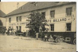 Cpa - Orchamps - Vennes - Hôtel Du Commerce - Courtois  - Café Restaurant Billard - Superbe Devanture Attelage -animée - Francia