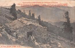 88 - Le Hohneck - Les Métairies Des Hautes-Vosges Animées Datant Du XVe Siecle - Autres Communes