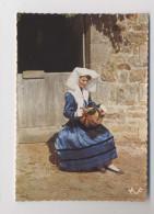 La Jeune Fille Et Sa VIELLE - Limousin - Musique - Musicienne - Ancien Instrument - Musica E Musicisti