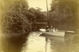 Promenade En Barque En Famille Enfants Ancienne Photo 1880 - Photographs