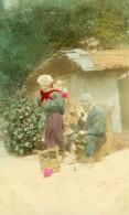 Japon Portrait De Famille Groupe Ancienne Carte Photo Colorisee 1914 - Photographs