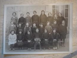 Photo De Classe St Germain Des Champs élèves En Sabots Dpt Yonne (1 Sur L'ardoise) - Photos