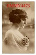 CPA - Une Jolie Jeune Fille Avec Un Beau Diadème En 1915  - Scans Recto-Verso - Edit. GERMANY - N° 281/1 - Women