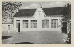 16 / 10 / 289  -    NOTRE  DAME  DE  MONTS  ( 85 )  -  ÉCOLE N. D.  ( COLONIE  D'ÉTÉ )  - CPSM - France