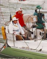 KING CONSTANTINE OF GREECE AND PRINCE PHILIP YACHTING - Famous People