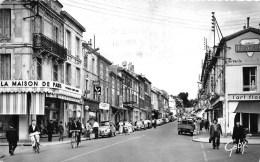 85-FONTENAY-LE-COMTE- RUE DE LA REPUBLIQUE - Fontenay Le Comte