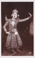 Notre France Lointaine - 73 Angkor - Vat . Première Danseuse En Habit Folklorique - Pas Circulé