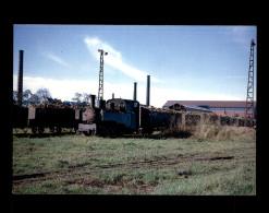 28 - TOURY - Locomotive - France