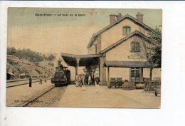 15 Saint Flour / Le Quai De La Gare / Locomotive à L'arrêt - Saint Flour