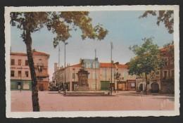 L´ ISLE EN JOURDAIN - Place Gambetta - Sin Clasificación