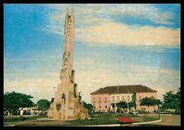 """BISSAU - Praça Do Imperio - Monumento""""Ao Esforço Da Raça""""( Ed. Foto Iris Nº 8) Carte Postale - Guinea Bissau"""