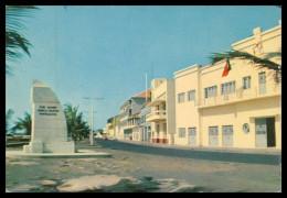 BISSAU - Avenida Marginal ( Ed. Central De Informação E Turismo) Carte Postale - Guinea Bissau