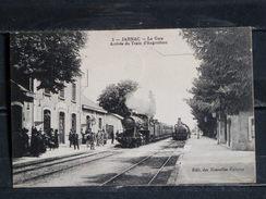 Z16 - 16 - Jarnac - Arrivée Du Train D'Angoulême - Edition Des Nouvelles Galeries - 1916 - Jarnac