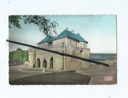 CPSM   -  Douai  -  La Porte De Valenciennes - Douai