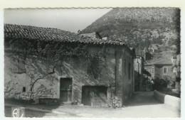26  REMUZAT  Maison Ancienne - Autres Communes