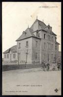 LAPLEAU 19 - Ecoles Et Mairie - Enfants - Autres Communes