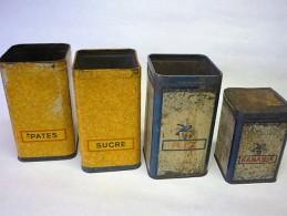 LOT De 4 Boites BANANIA  ( Voir 2 Photos ) - Boxes