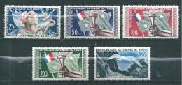 Togo  PA De 1957  N°24 A 28  Neufs **  (cote 30€) - Unused Stamps