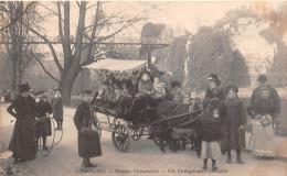 ¤¤  -    PARIS  -  82   -  Buttes Chaumont  -  Un Chargement Complet  -  Attelage   -  ¤¤ - Arrondissement: 19